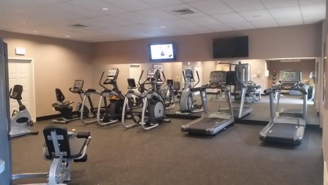 Four Seasons Gym Installer